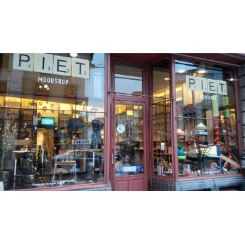 IMG Piet Moodshop 1 bew