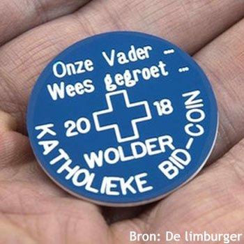Geen bitcoin maar bid-coin, een munt met een boodschap.